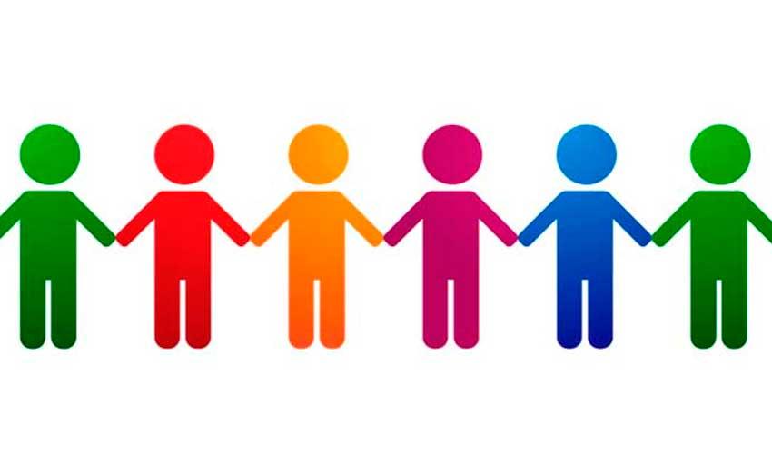 Symbolbild: Kinder nehmen sich an der Hand