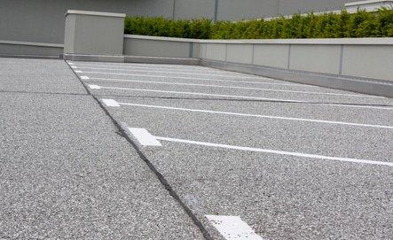 gereinigte Außenfläche, Parkplatz