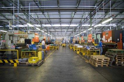 Industriereinigung München: Fabrikhalle