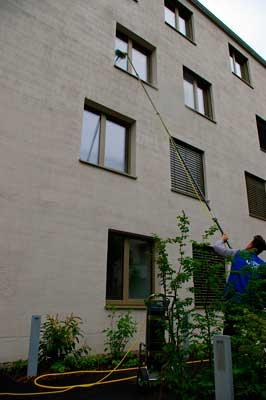 Fensterreinigung mit einer Reinwasseranlage